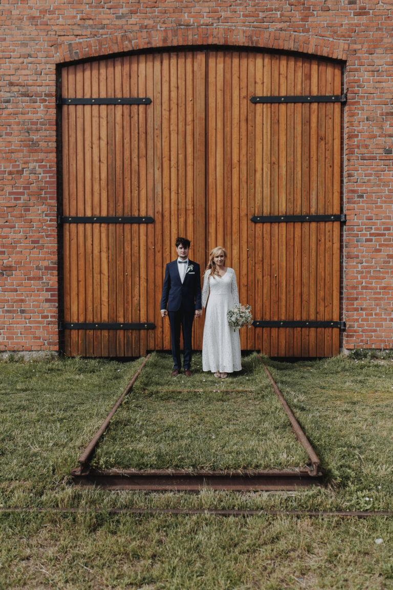 Hochzeitsfotograf_DIY-Hochzeit_Stadthafen-Rostock_Kupfergold-Photographie55